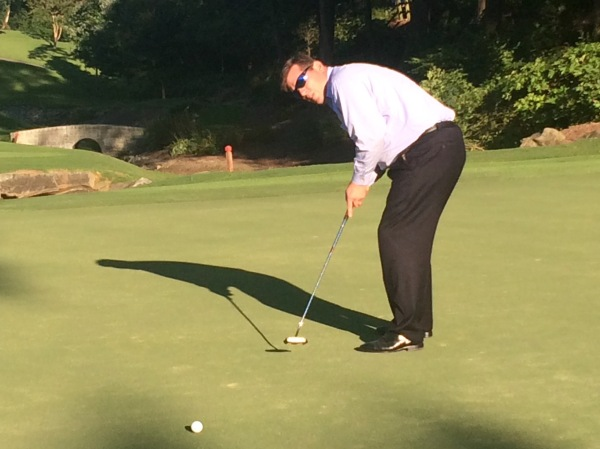 8-25-15 PJ Wade putts for Eagle in odd cameo appearance (taps in for birdie)